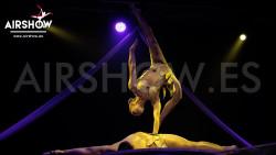 airshow;espectáculos;eventos;acróbatas;musicales;bailarines;telas aereas;aro aereo;mano mano;equilibrios;impacto visual;circo;producciones+espectaculos;cantante;vocalista;espectaculos+valencia+madrid+españa 1