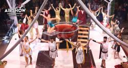 airshow;espectáculos;eventos;acróbatas;musicales;bailarines;telas aereas;aro aereo;mano mano;equilibrios;impacto visual;circo;producciones+espectaculos;cantante;vocalista;espectaculos+valencia+madrid+españa 6